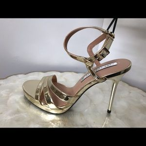 Zara Sexy Gold Strappy Sandals Heels NWT
